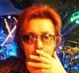 横浜銀蝿TAKUの娘の名前は?素顔や現在について。